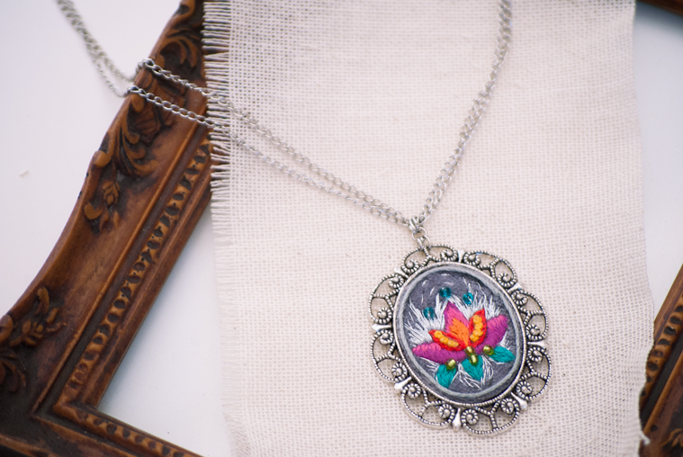 collar-flor-de-loto